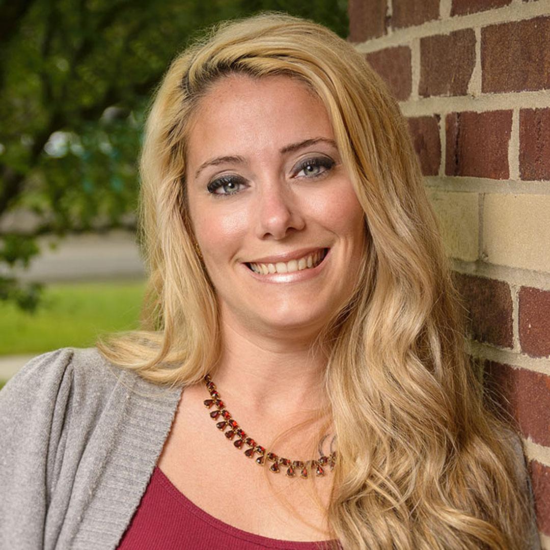 Holly Rogenski | Payroll Coordinator | WSI Staffing | Recruiting