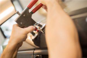 wsi paintless dent repair tech